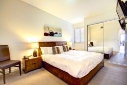 214_Bedroom